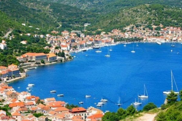 vitorlás bérlés Horvátország